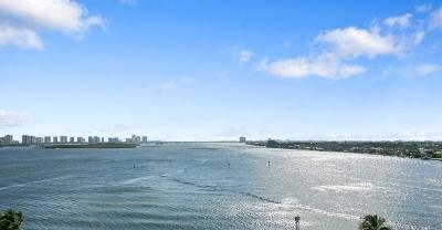 North Palm Beach Condo For Sale: 100 Lakeshore Drive #758