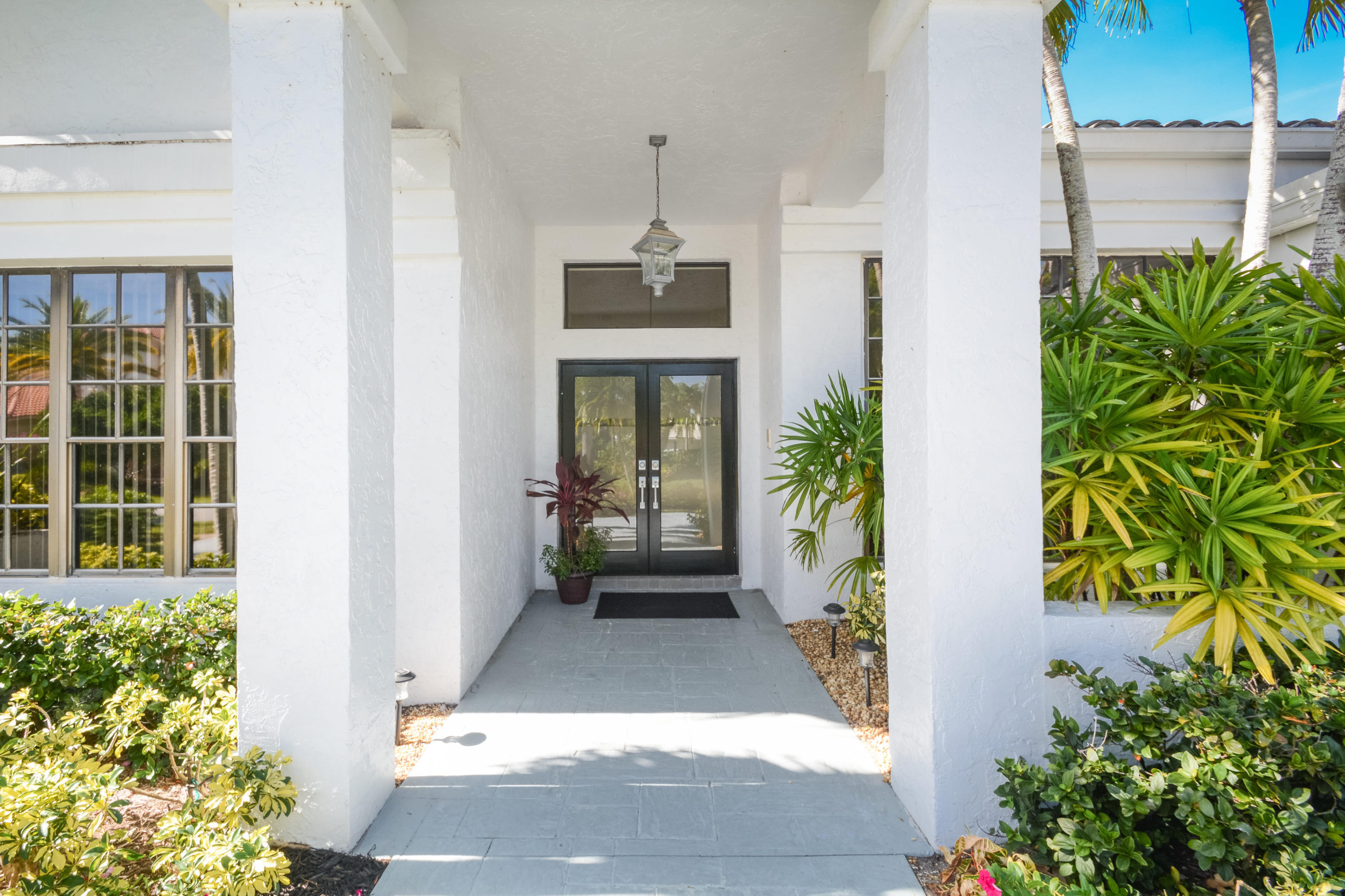 17256 Northway Circle Boca Raton Fl Mls Rx 10482277 Barry - Contemporary-west-palm-beach-property