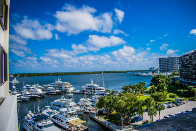 North Palm Beach Condo For Sale: 1208 Marine Way #504