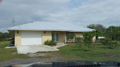 Fort Pierce Single Family Home For Sale: 424 E Weatherbee Road