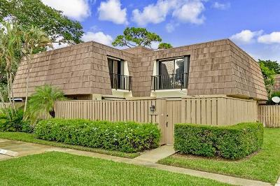 Palm Beach Gardens Townhouse For Sale: 1417 14th Court