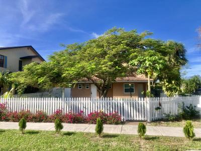 Lake Worth, Lakeworth Single Family Home For Sale: 1829 Palmway