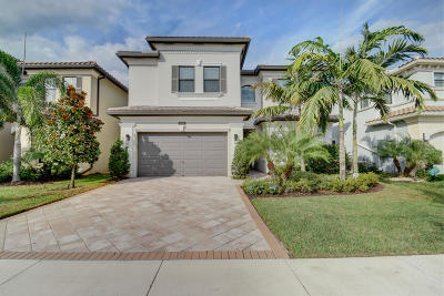 Delray Beach Single Family Home For Sale: 9481 Eden Roc Court