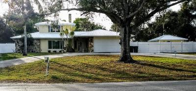 Fort Pierce Single Family Home For Sale: 3033 Old Dixie Highway