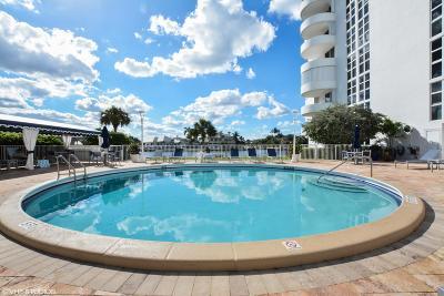 Coastal House Condo For Sale: 2200 S Ocean Boulevard #106