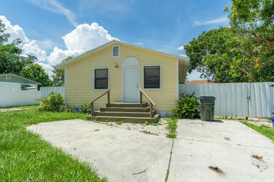 Delray Beach FL Single Family Home For Sale: $238,000