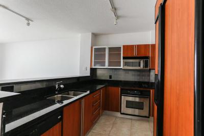 West Palm Beach Rental Contingent: 1551 Flagler Drive #1109