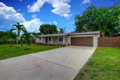 Jupiter Single Family Home Contingent: 1006 Comanche Street