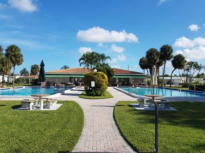 Tamarac Single Family Home For Sale: 4407 Mainland Drive
