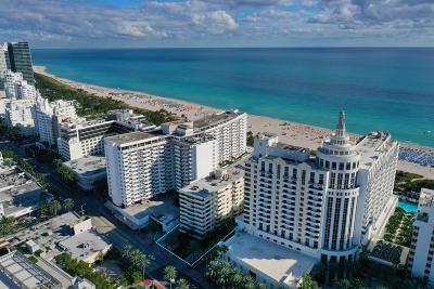 Miami Beach Condo For Sale: 1623 Collins Avenue #214c