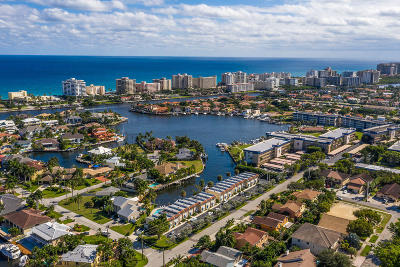 Delray Beach Townhouse For Sale: 3125 Spanish Trail #13