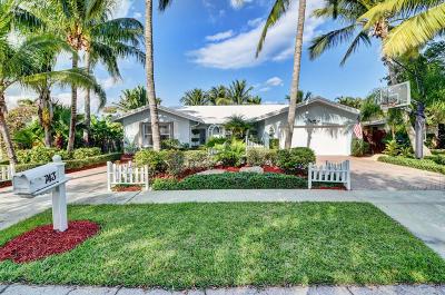 Boca Raton Single Family Home Contingent: 743 Camino Lakes Circle