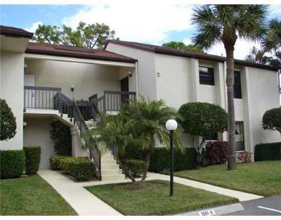 Jupiter Condo For Sale: 1002 Wingfoot Drive #D