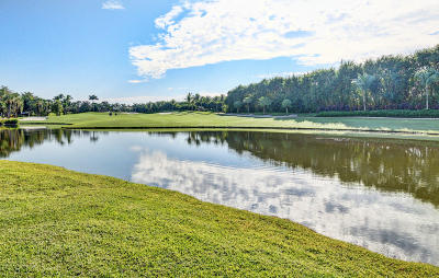 St Andrews Cc, St Andrews Country Club, St Andrews Country Club 11, St Andrews Country Club 2, St Andrews Country Club 5, St Andrews Country Club 9 Single Family Home For Sale: 7962 Yorkshire Court
