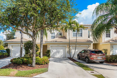 Townhouse For Sale: 8094 Bellagio Lane
