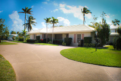 Boca Raton Single Family Home For Sale: 566 NE Spanish Trail