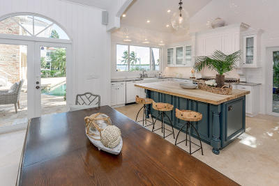 North Palm Beach Single Family Home For Sale: 107 Bowsprit Drive
