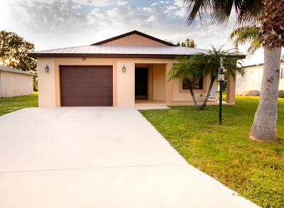 Port Saint Lucie Single Family Home For Sale: 75 Golf Drive