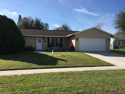 Royal Palm Beach Single Family Home For Sale: 158 Dove Circle