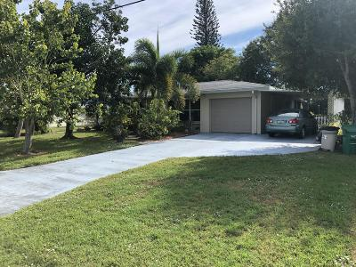 Port Saint Lucie Single Family Home Contingent: 262 SW Lakehurst Drive
