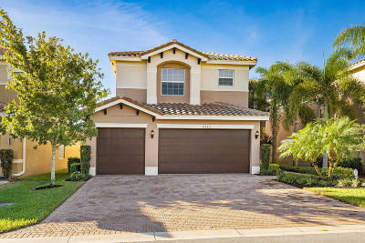 Boynton Beach Single Family Home For Sale: 8152 Santalo Cove Court