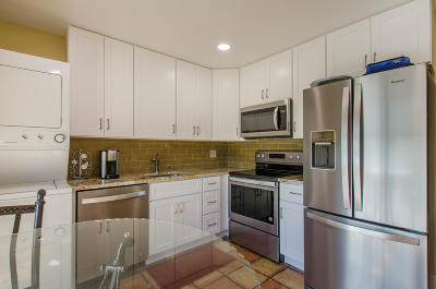 Delray Beach Townhouse For Sale: 2804 Casa Way