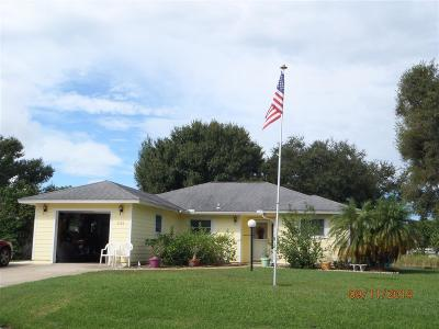 Fort Pierce Single Family Home For Sale: 6506 Doris Drive