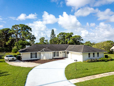 Single Family Home For Sale: 2041 SE Erwin Road