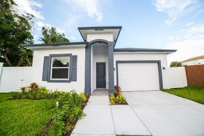West Palm Beach Single Family Home For Sale: 421 Nathan Hale Road