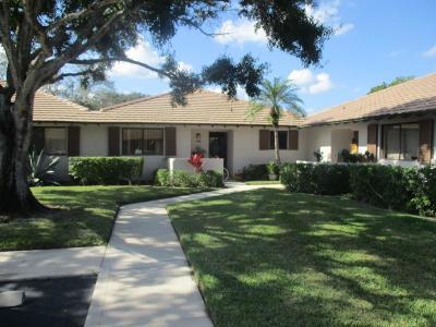Palm Beach Gardens Single Family Home For Sale: 105 Club Drive