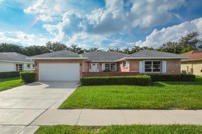 Boynton Beach Single Family Home For Sale: 10903 Greentrail Drive South