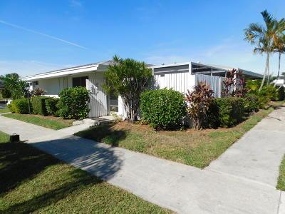 Royal Palm Beach Condo For Sale: 111 West Court #111