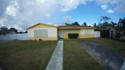 Miami Single Family Home For Sale: 10855 SW 152nd Terrace