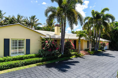 Palm Beach Single Family Home For Sale: 1165 Lake Way