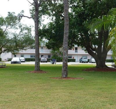 Jupiter Condo Contingent: 18081 SE Country Club Drive #123