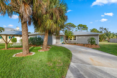Palm City Single Family Home For Sale: 1420 SW Dyer Point Road