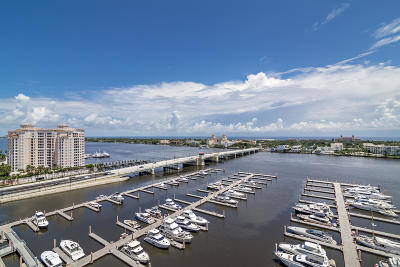 West Palm Beach Condo For Sale: 400 Flagler Drive #2105
