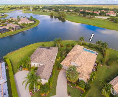 West Palm Beach Single Family Home For Sale: 10200 Blue Heron Cove