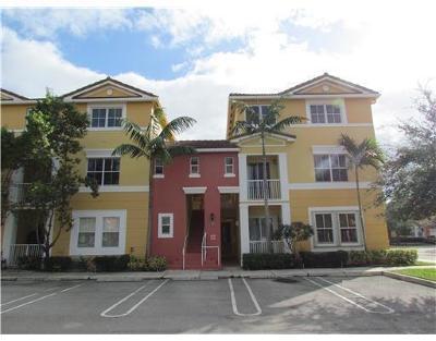Royal Palm Beach Townhouse For Sale: 2003 Shoma Drive