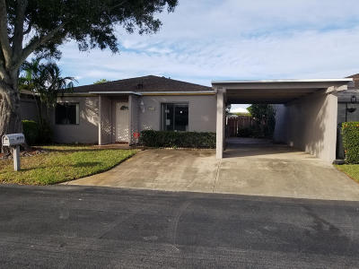 Delray Beach Single Family Home For Sale: 14798 Wildflower Lane