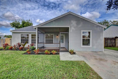 Lake Worth Single Family Home Contingent: 7695 Blairwood Circle S