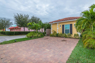 Lake Worth Single Family Home For Sale: 4570 Todd Street