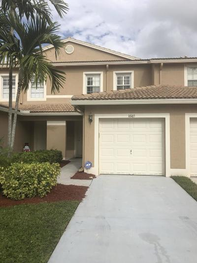 Delray Beach Townhouse Contingent: 16165 Sierra Palms Drive