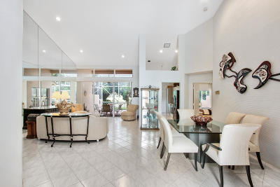 Boca Raton Townhouse For Sale: 5182 Windsor Parke Drive