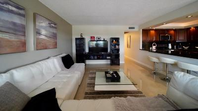 Deerfield Beach Condo For Sale: 337 Richmond E