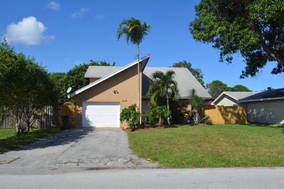 Delray Beach Single Family Home For Sale: 3519 Boulevard Chatelaine Boulevard