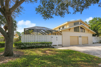 Palm Beach Gardens Townhouse Contingent: 12508 Woodmill Drive