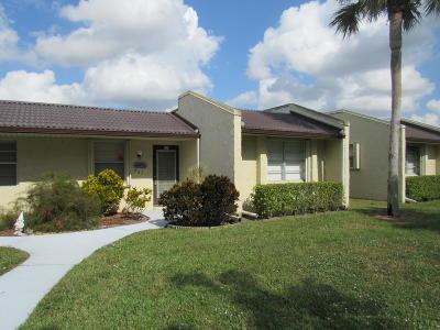 West Palm Beach Single Family Home For Sale: 423 Golden River Drive