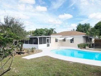 West Palm Beach Single Family Home For Sale: 1049 Macy Street