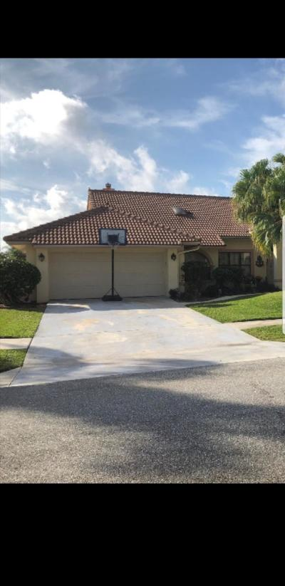 Boca Raton Single Family Home For Sale: 10456 Bow Court